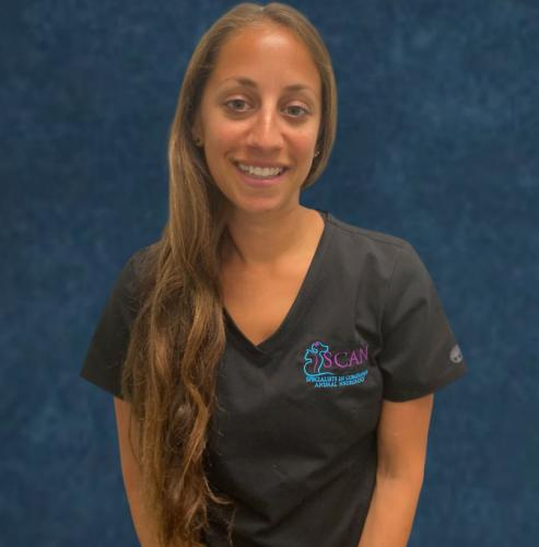 Danielle Lewis<br> Veterinary Nurse